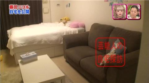 一人暮らしを始めた藤田ニコルが自宅を公開【画像あり】003